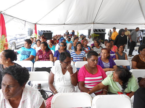 Residents of Caroni in the audience