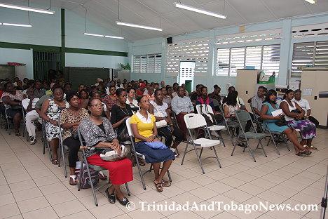Cross-section of La Seiva residents at meetin