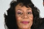 Mrs Patricia Robinson